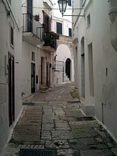 Via Bixio Continelli in Ostuni